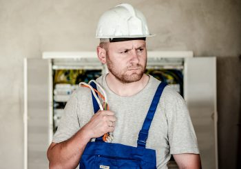 Reasons to hire an experienced electrician