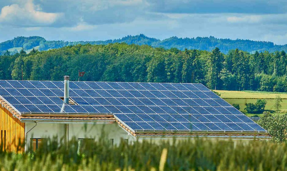 How the electronic world and gadgets are changing with the help of solar technology