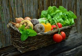 What are the benefits of eating healthy food?